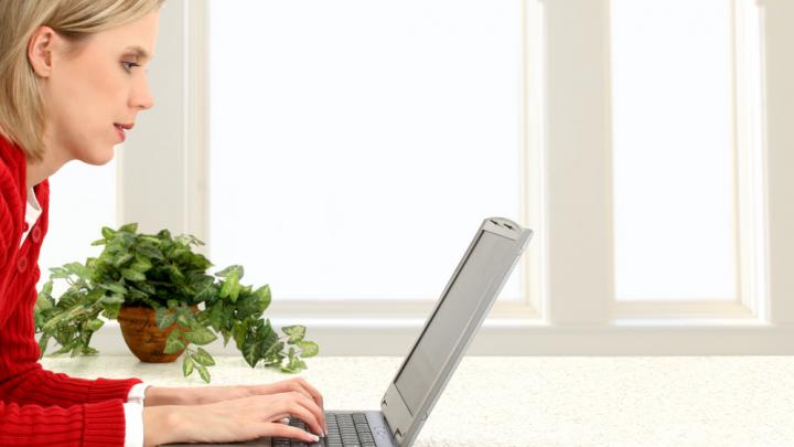 Создаем домашний офис: развеяли 10 заблуждений об удаленке, которые мешают работать эффективно