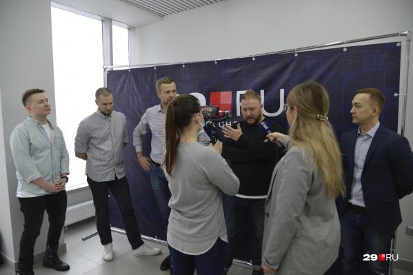 Пять предпринимателей пришли в редакцию, чтобы обсудить коронавирусные ограничения
