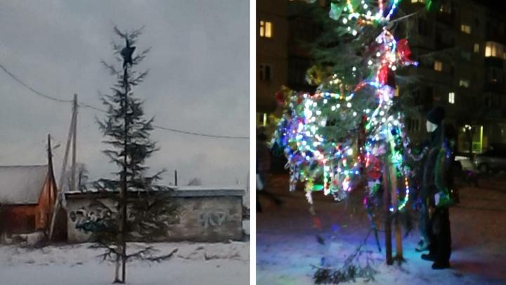 «Какой год, такая и елка?» На Урале местные жители раскритиковали потрепанное новогоднее дерево