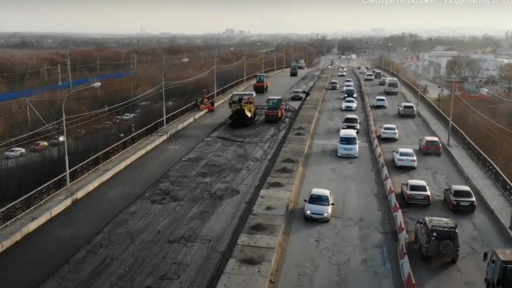 «Неужели дождались?»: ремонт «убитого» путепровода в Кировском районе сняли на видео