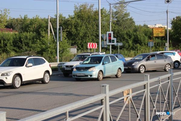 Пересечение улиц Георгия Колонды и Окружной