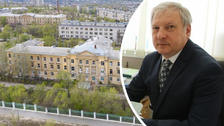 «Он спас множество жизней. Теперь помощь нужна ему»: в Волгограде ищут доноров плазмы для врача скорой помощи
