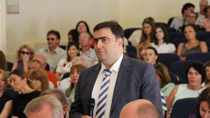 Экс-глава Первомайского района Ростова пойдет под суд за незаконные ларьки