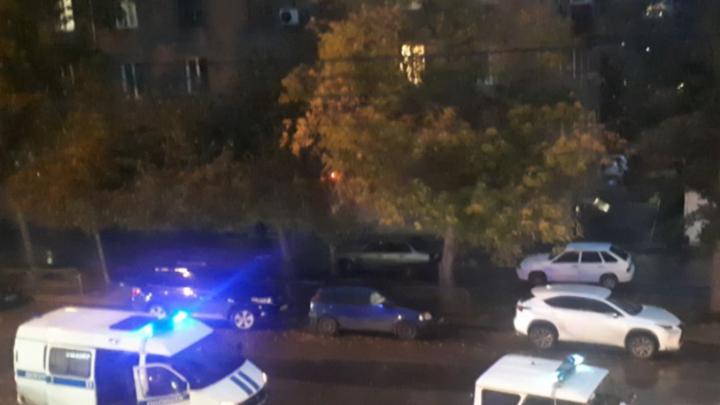 Несколько человек устроили стрельбу возле паба в центре Новосибирска