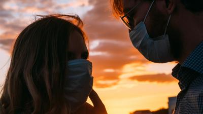 «Ремонт на самоизоляции делать не рекомендую»: психолог о разводах в пандемию