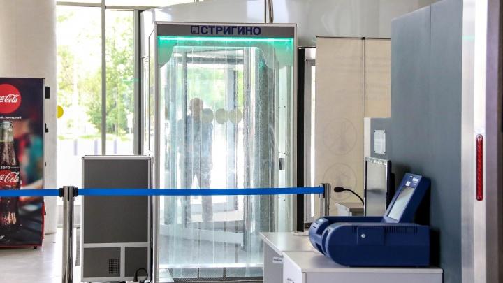 В аэропорт Стригино снова позвонили неизвестные с сообщением о бомбе