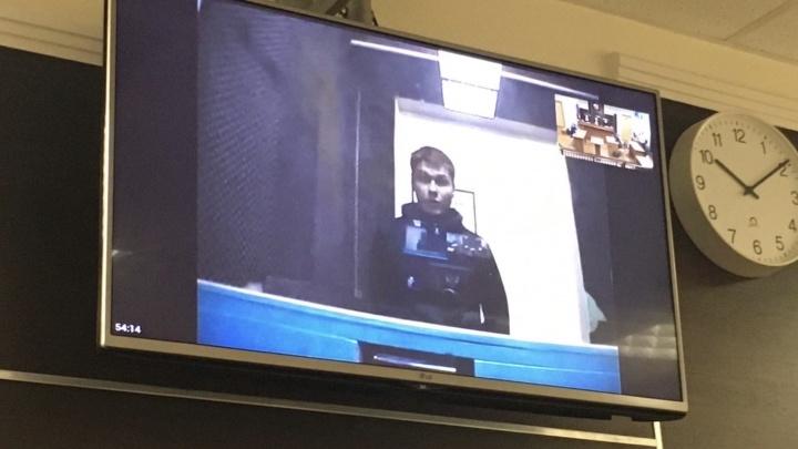 Пермяку, осужденному за акцию с «манекеном Путина», изменили наказание: с реального на условное