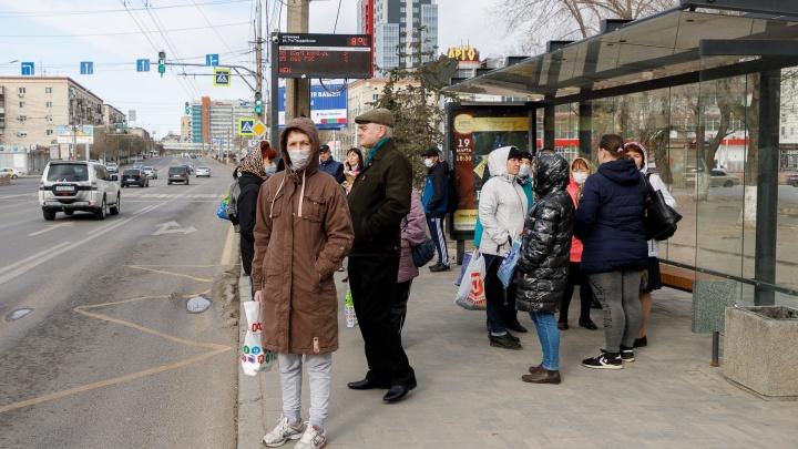 «Кондуктор просила не садиться, но люди не слышали»: волгоградка рассказала о толчее в автобусах