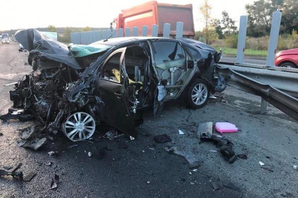 Одна из машин, участвующих в аварии