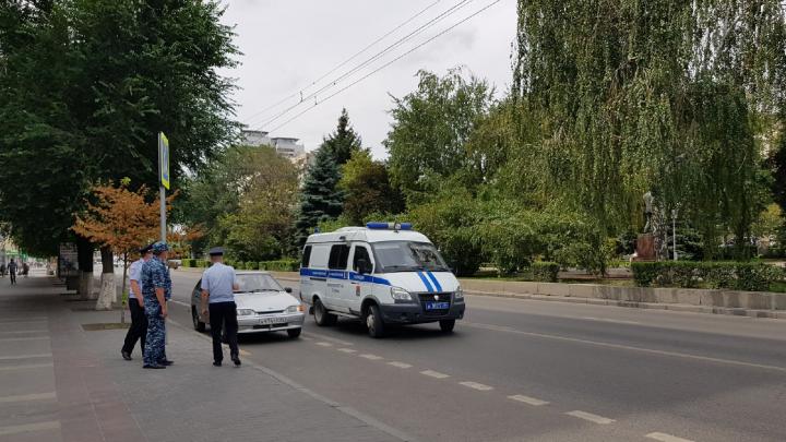 «Ни одно из сообщений не подтвердилось»: волгоградские суды вернулись к работе после эвакуации