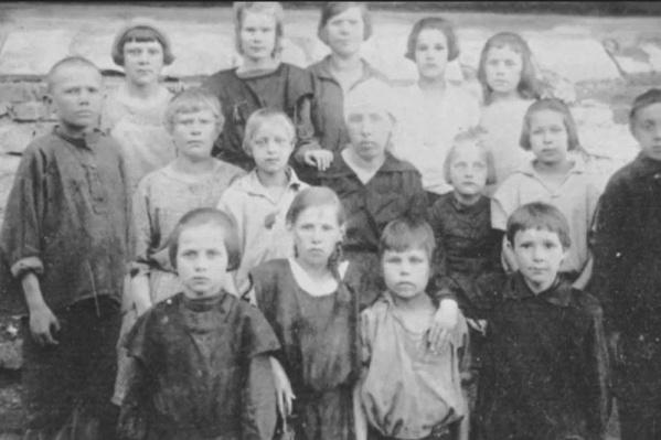 Дети врагов народа жили в сиротском приюте