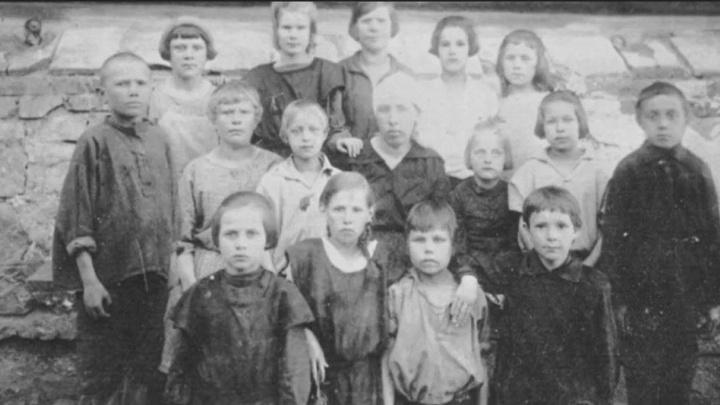 «Дети умирали от тифа, живые их хоронили»: шестиклассник из Екатеринбурга — о сталинских репрессиях