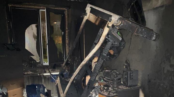 В Перми при пожаре в квартире погибли два человека
