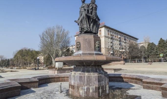 В Волгограде готовят к пуску городские фонтаны