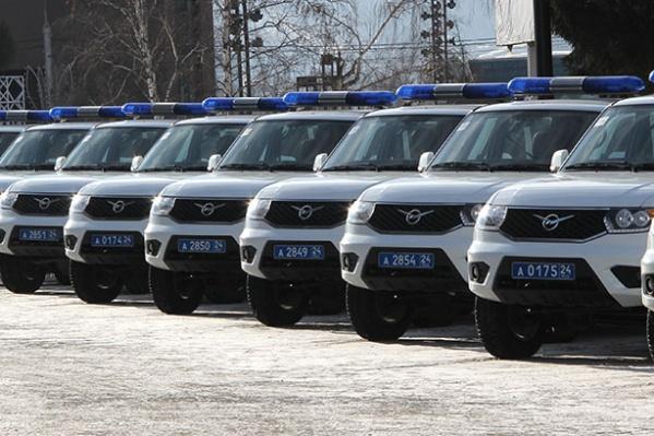 12 новеньких «Патриотов» отправились в районные отделы полиции