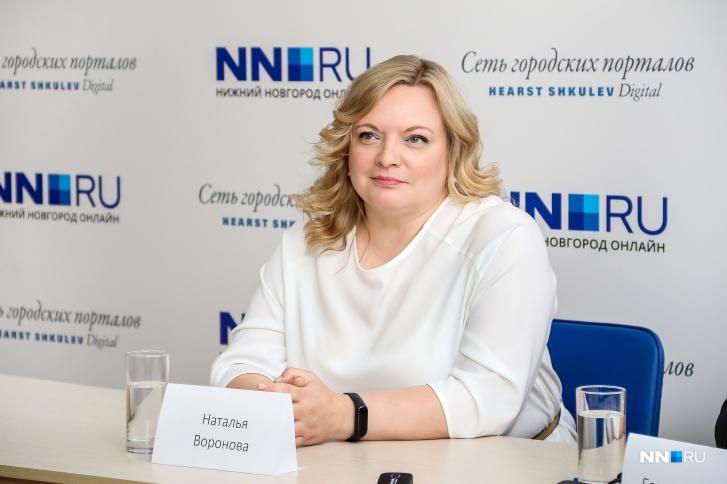 Наталья Воронова пять лет работала в приемной депутата Лазарева и хорошо знает свой округ