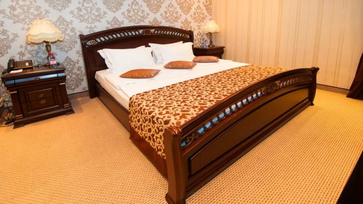 Мэрия забронировала отели Екатеринбурга для пациентов с коронавирусом еще на две недели