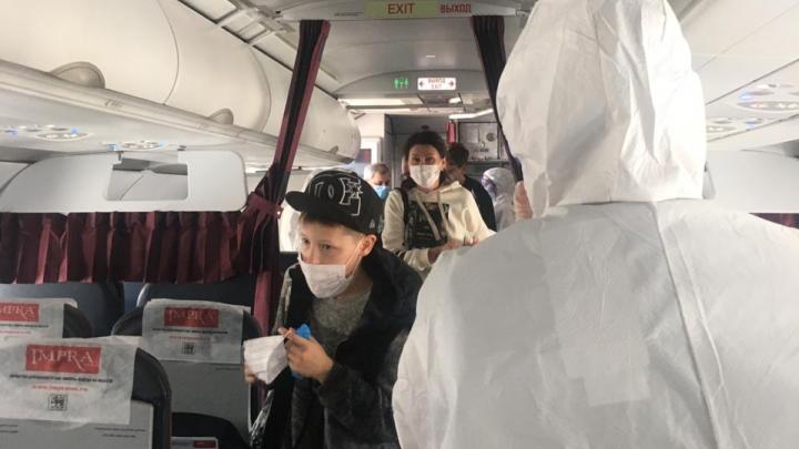 Десятки уральцев, застрявших в Турции, вылетели в Екатеринбург. Но домой они не попадут