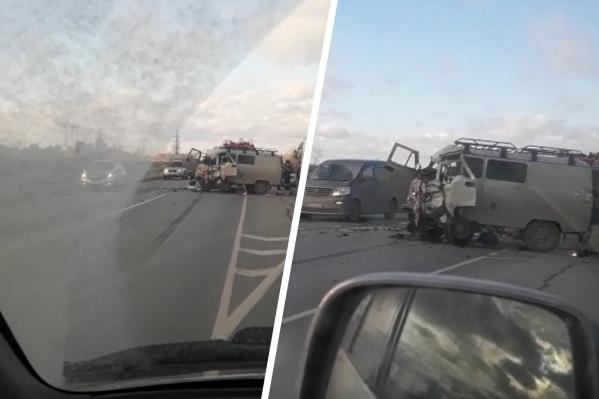 Авария произошла около 12:40