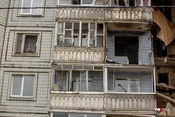 Жителям взорвавшегося дома на улице Батова предоставят съёмные квартиры