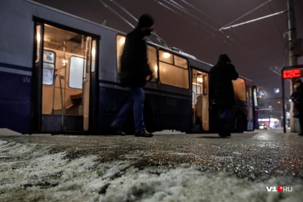 Растаявший за день снег к утру превратится в ледяную корку