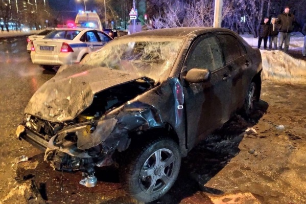 Водитель автомобиля BYD признался инспекторам, что выпил пива и немного водки