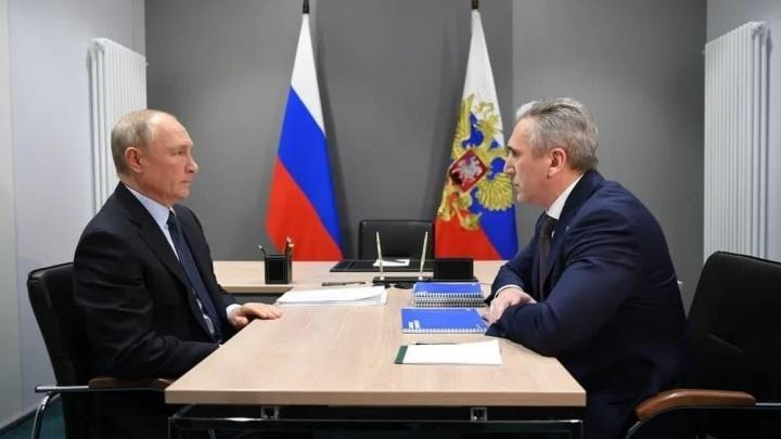 Пробки до ночи, разговор с губернатором и прямой эфир Путина. Всё о поездке президента в Тобольск