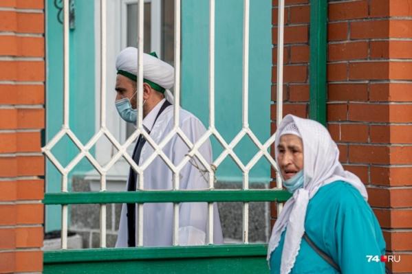 Мусульман настоятельно попросили отметить Курбан-байрам дома