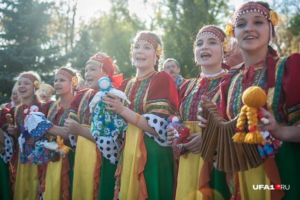 Башкирию посетят порядка трех тысяч артистов из более чем 80 стран мира