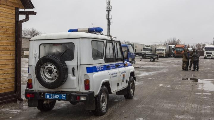«Эксперты еще на месте»: в Волгограде продолжается проверка по факту пожара в ТК «Титовский»