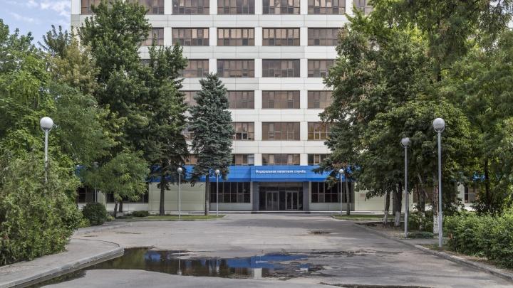 Пенсионеру отрубило четыре пальца в налоговой инспекции Волгограда
