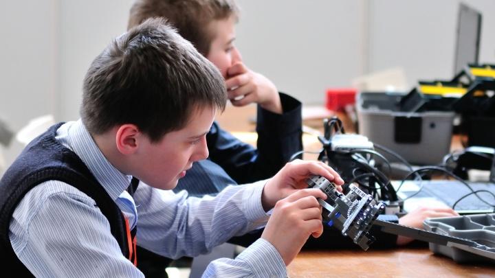 В мэрии предложили перевести на дистанционное обучение ребят из музыкальных и художественных школ
