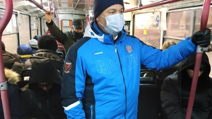 Замгубернатора озвучил проблемы в работе общественного транспорта Новокузнецка. Там не всё хорошо