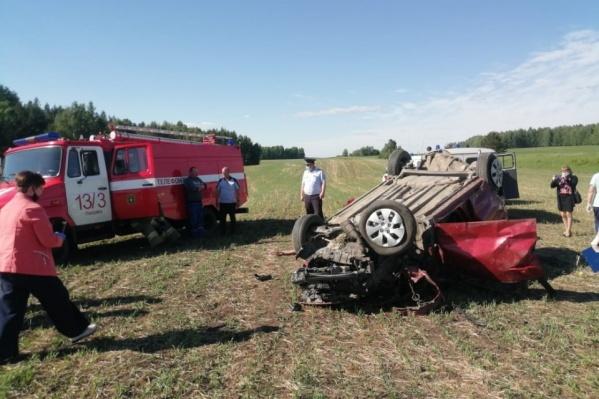 В аварии выжил ребёнок, водитель и мама мальчика скончались