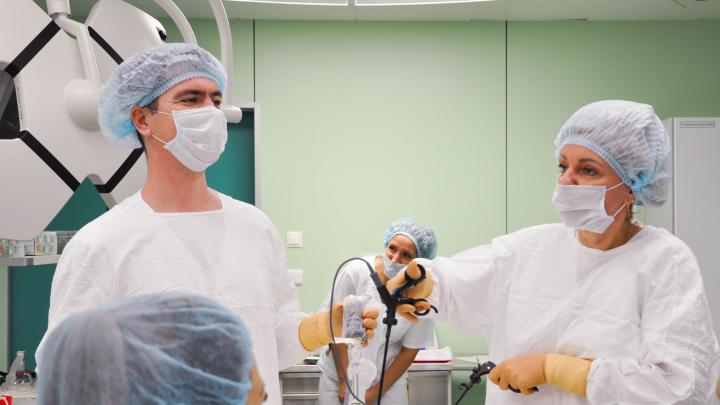 Врачи красноярского онкодиспансера научились лечить рак матки и оставлять возможность женщинам родить
