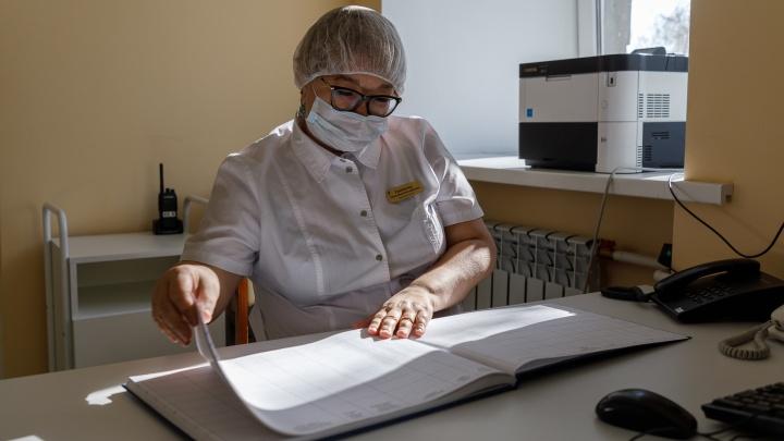 В Волгограде коронавирус подозревают у 64 взрослых и 10 детей