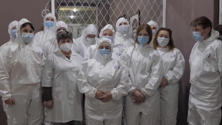 «Она считает нас за рабов!»: сотрудники больницы Коряжмы попросили убрать главврача с должности