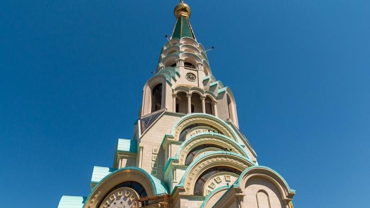Строители пожаловались Путину, что им не доплатили за Софийский собор