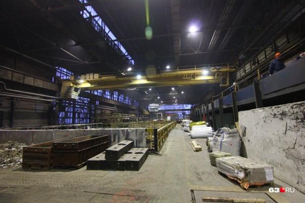 На заводе выполняют заказы для Минобороны РФ