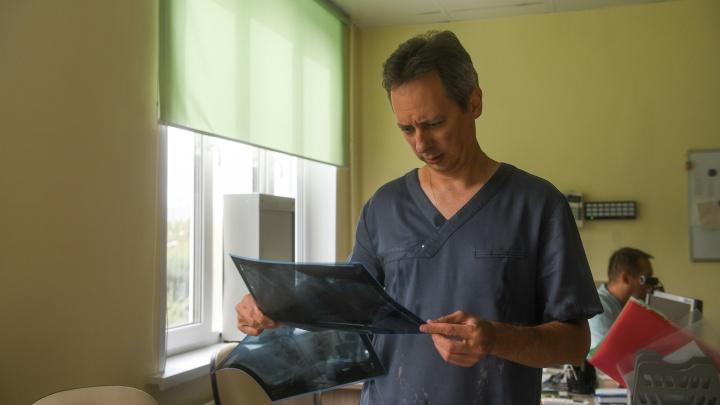 За неделю 2,5 тысячи свердловчан заболели пневмонией. У трети из них коронавирус