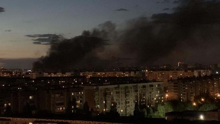 Столб дыма перепугал жителей Северо-Запада Челябинска