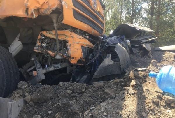 Полиция задержала водителя самосвала, протаранившего пять машин на М-5 в Челябинской области