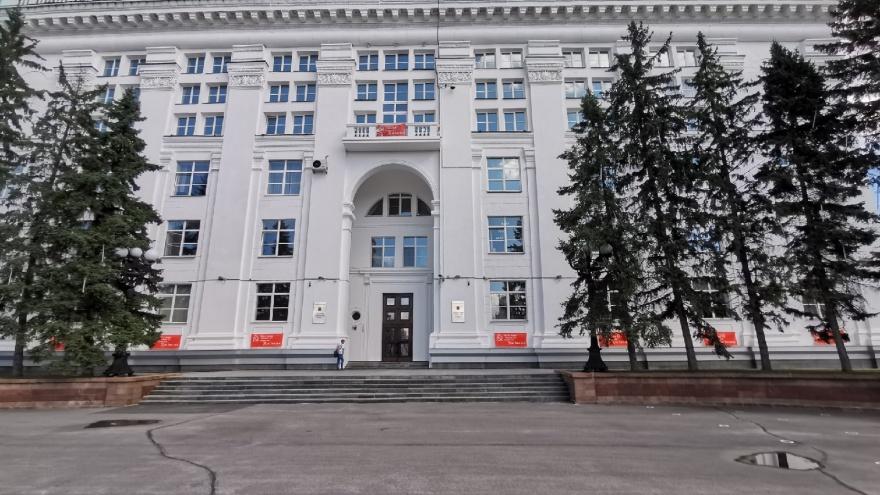 Власти Кузбасса ослабили коронавирусные ограничения. Но только до конца октября