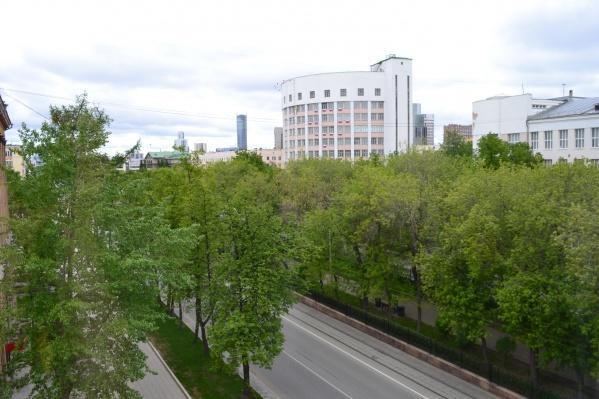 К 17 мая, кажется, что Екатеринбург стал самым зеленым городом на всей планете