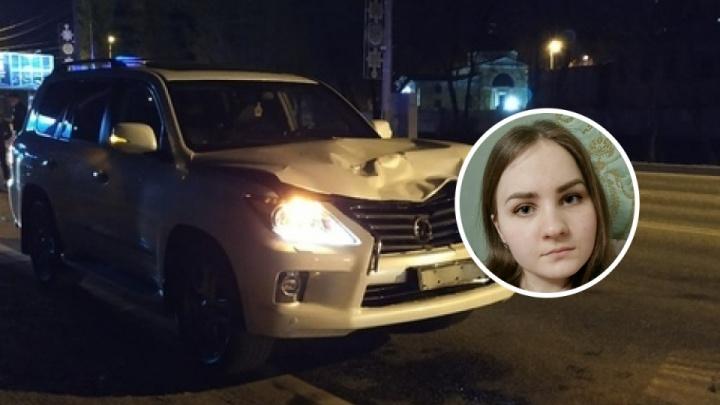 17-летнего водителя Lexus, насмерть сбившего девушку, отправили под домашний арест. Против этого выступил прокурор