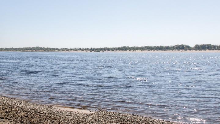 Восьмилетний мальчик утонул на Волге, тело ищут спасатели