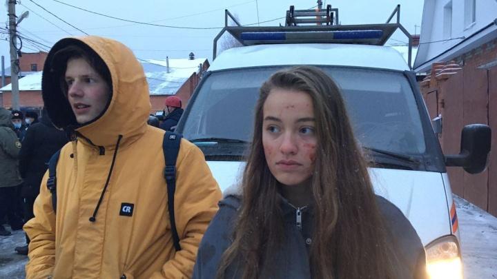 «Подумали, что сестра погибла»: жильцы разрушенного дома рассказали о взрыве в Метелёва