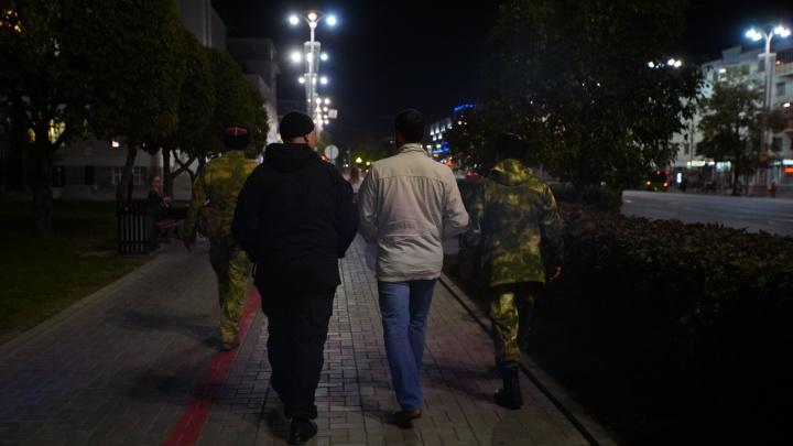Екатеринбургский фотограф написал заявление в полицию на казака за угрозы разбить камеру