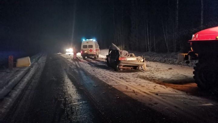 Два человека погибли в аварии с большегрузом в Пермском крае