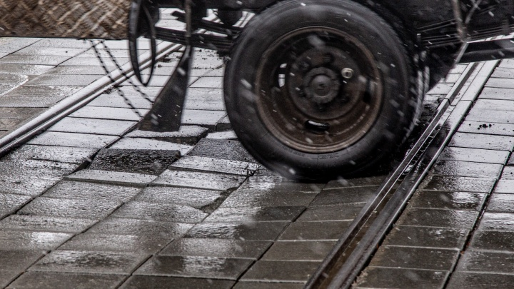 Фиаско с продолжением: ключевой перекресток Челябинска развалился через неделю после ремонта